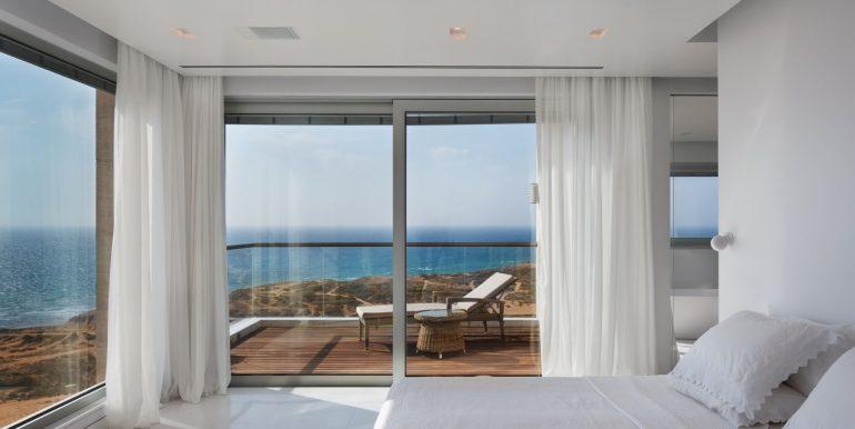 Квартира в Нетании с панорамным видом на море купить