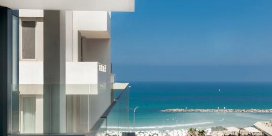 Уникальные апартаменты с видом на море на Средиземном побережье